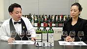 ワインについて語る2人