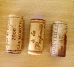 3種のワインのコルク