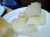 スライスしたてのチーズ