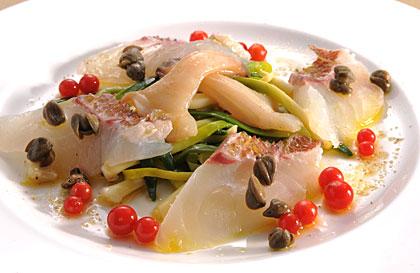 竹岡の真鯛 本ミル貝 庄内あさつき マイクロトマト 塩漬けのケッパー