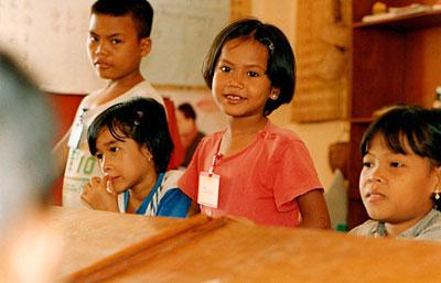 孤児施設の子供たち