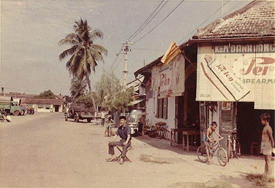 サイゴンの街角で
